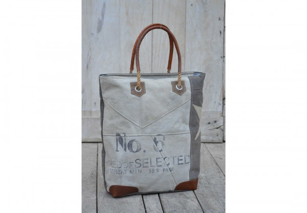 Tasche NO. 6 SELECTED